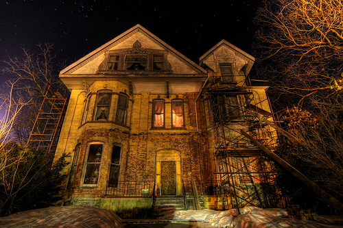 St. Louis Haunted Houses