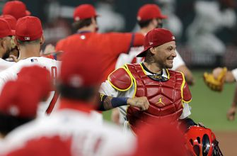 Cardinals activate Yadi, place Wieters on IL (toe),